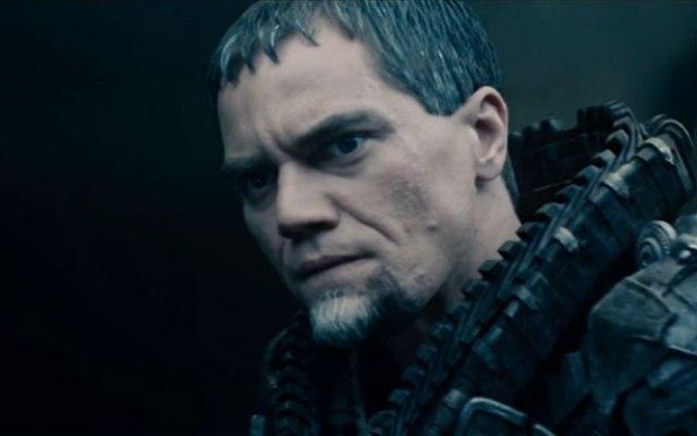 Zod, com poderes similares, seguiu o caminho mais provável (e que, provavelmente, seria a opção de uma porrada de gente boa que fica pagando de bonzinho porque não tem nada de especial).